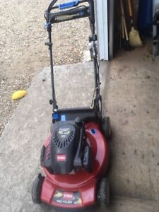 """Toro 22"""" Self Propelled Personal Pace Mower with Spin Stop"""