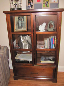 CABINET   BOOKCASE, DINING, DISPLAY, STORAGE $280.
