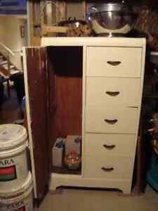 Antique dresser/wardrobe