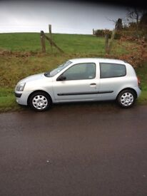2003 Silver Renault Clio Diesel-Driving well - Timing belt changed - well serviced