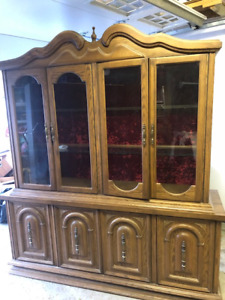 FREE 2 pieces kitchen Cabinet/China Cabinet – Other free items
