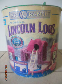WOODEN CONSTRUCTION BRICKS - American LINCOLN LOGS