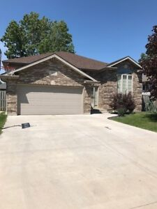 3 BDRM 2 BATH HOUSE IN LASALLE - A MUST SEE $2100+++