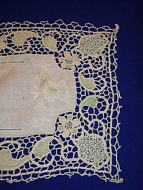 Vintage Beautiful  Guipure needle lace table Runner Cutwork