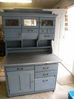 Antique (Hoosier) Kitchen Cabinet