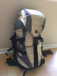Travel backpack 40L Marmot Biospan Diva $100 click on SHOW MORE