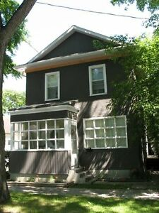 Well Cared-for Home in Scotia Heights for Rent