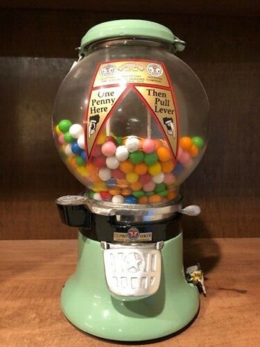 Columbus  Star Gum Ball Machine