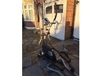 Horizon Fitness Andes Elliptical Cross Trainer . Excellent Condition Collection Only.