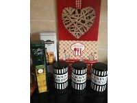Kitchen bundle, canisters & canvas's all vgc
