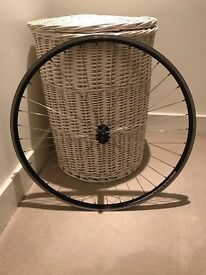 Hybrid Front and Back Wheels with tyres (16mm)