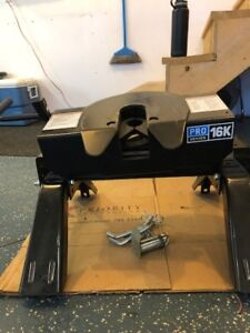 Pro Series 16K 5th Wheel Hitch Head Unit with Legs used once