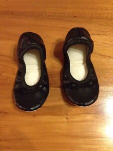 """Black """"Jiffies"""" Ballet Slippers - size 6 Soldiers Hill Ballarat City Preview"""