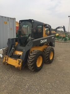 JOHN DEERE 332D -95 HP SKID STEER- GREAT MACHINE FOR THE FARM