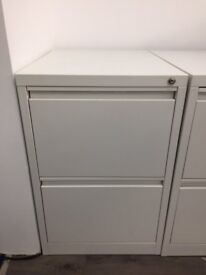 White 2 drawer metal filing in excellent condion (full size cabinet not the small one sold on net)