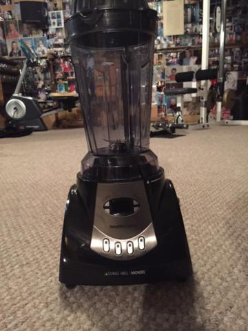 Montel williams juicer blender (used once)