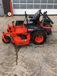 Kubota Z726XKW Zero Turn Mower