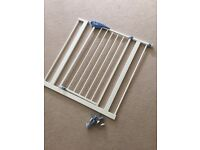 Lindam white stair gate - great condition