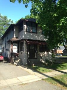 2 Bedroom Apartment in Quiet Mid-Town St. Catharines
