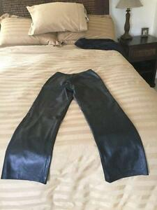 ***** Danier Soft Black Leather Pants ( Size 8 ) *****