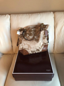 Brand New Coach Signature Top Tote Shoulder Bag with Tag   $325