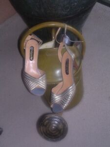 Designer womens shoes / heels in excellent condition North Shore Greater Vancouver Area image 7