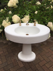 Antique Art Deco Cast Iron Pedestal Sink