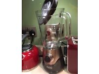 AEG SB5700BK 5 Series Blender with TruFlow Stainless Steel Blades, 700 W