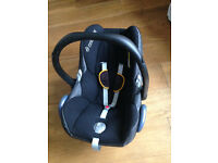 Maxi-Cosi CabrioFix with Bugaboo Adapters