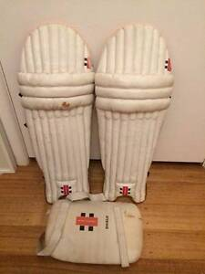 Cricket pads and thigh pad Oak Park Moreland Area Preview