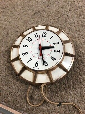 Vintage General Electric Wall Clock Atomic Age Style Ashland USA Model 2H117