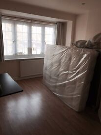Two double rooms EN SUITE to rent in Greenford