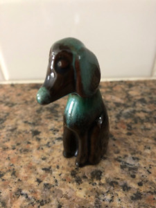 BLUE MOUNTAIN POTTERY SMALL HOUND DOG