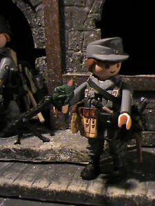 PLAYMOBIL-CUSTOM-SUBOFICIAL-WEHRMACHT-FRANCE-1944-REF-0472-BIS