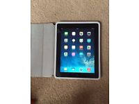 iPad 2 32GB WIFI MINT CONDITION NOT IPHONE SAMSUNG LAPTOP MAC OR CAR