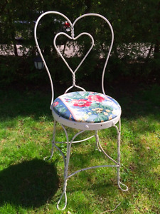 Antique Ice Cream Parlor Chairs (4)