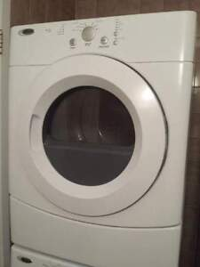 Sécheuse / Dryer *** LIKE NEW CONDITION, UNDER 1 YEAR