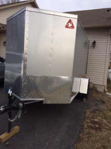 Enclosed 2017 Wells 6' X 10' V nose Trailer NEW PRICE!!!