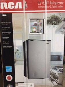 RCA 3.2 Cubic Fridge
