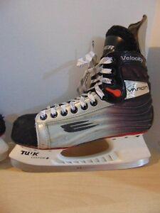 Bauer vapour velocity skates wanted.