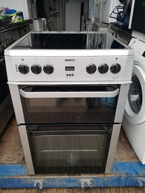 Silver 'Beko' Ceramic Top Electric Cooker - Excellent Condition / Free Local Delivery