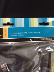 Taymor Ultra Towel Rack - Brand new
