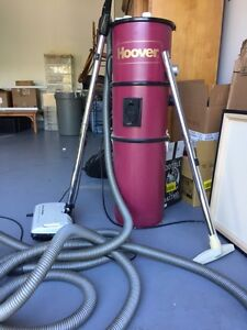 Hoover vacu flow with powerhead plus hose, etc