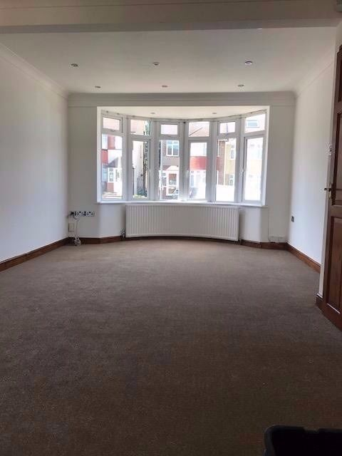BRAND NEW + LUXURIOUS ...3 bedroom massive house in IG5 close to Barkingside and Clayhall - call now