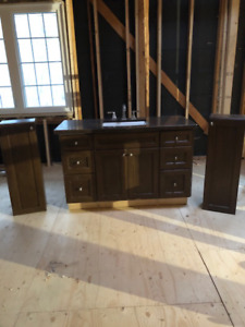 "48"" Bathroom vanity with 2 upper cabinets and valance"