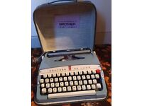 1970 Brother De Luxe manual portable typewriter, excellent condition