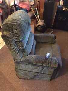 Pride Mobility Elegance Lift Chair LL-570    ($575 OBO) London Ontario image 1
