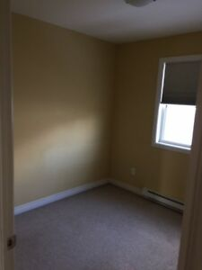 1 Bedroom (unfurnished) House with 2 other students in house