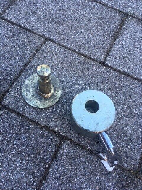 Lincmaster Ring Hitch Trailer Lock