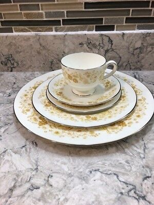 Wedgwood China Mimosa Full Dinnerware set made in England Great Condition
